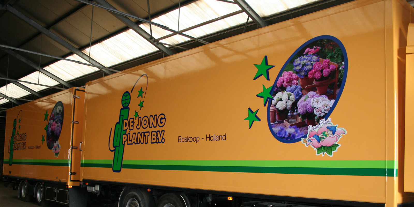 autobelettering trailer